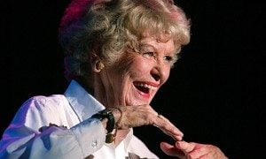 Elaine Stritch smiling
