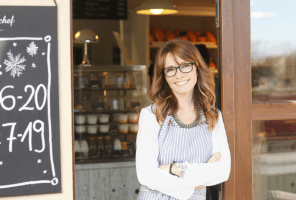 woman running small food business