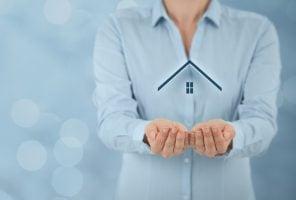 Single woman homebuyer