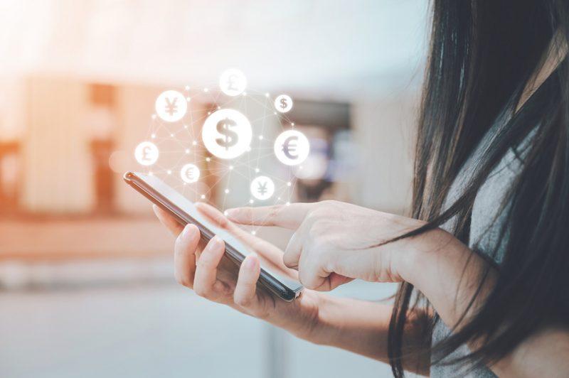 8 tips for transferring money internationally