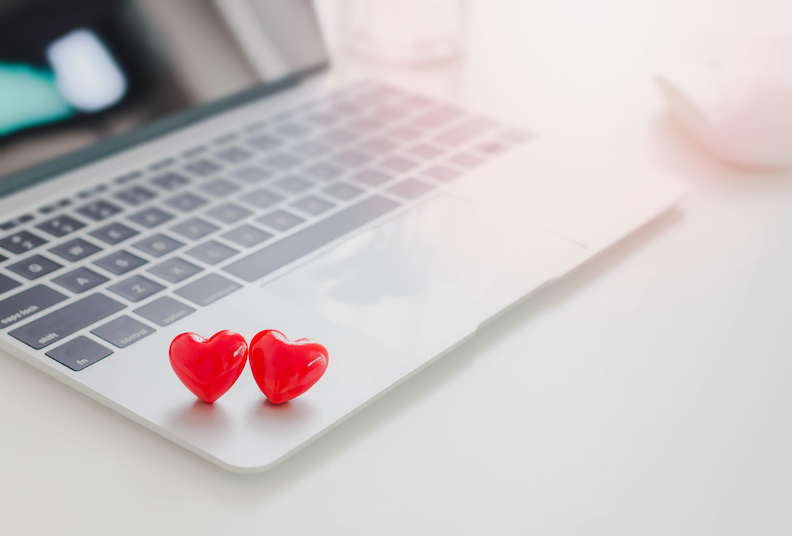 6 essential tips for online dating success